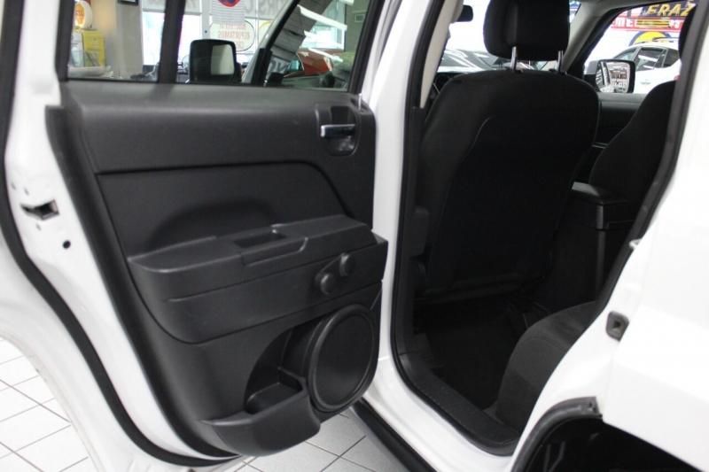 Jeep Patriot 2016 price $13,850