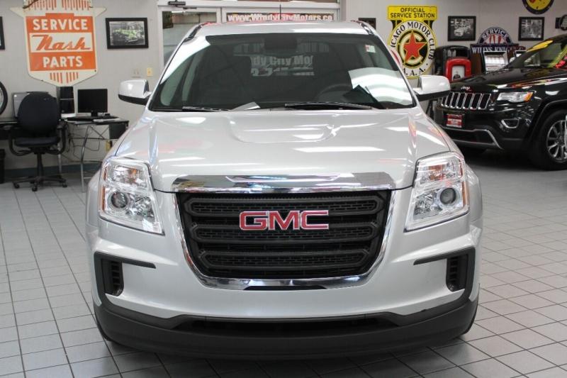 GMC Terrain 2016 price $17,950