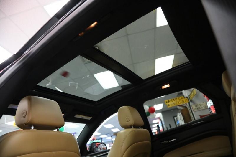 Cadillac SRX 2015 price $19,950