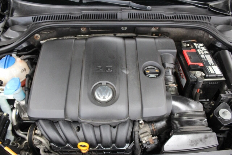 Volkswagen Jetta 2011 price $9,850