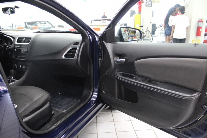 Dodge Avenger 2014 price $10,995