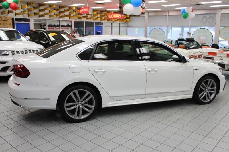 Volkswagen Passat 2017 price $20,850