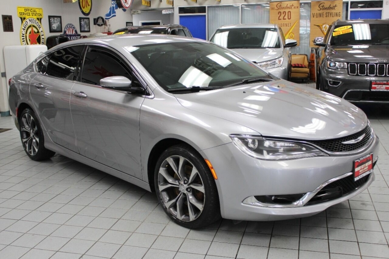 Chrysler 200 2015 price $13,850