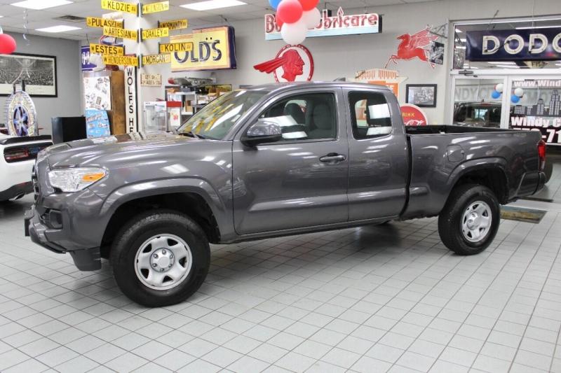 Toyota Tacoma 2018 price $26,950