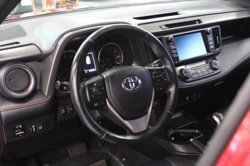 Toyota RAV4 2016 price $23,950