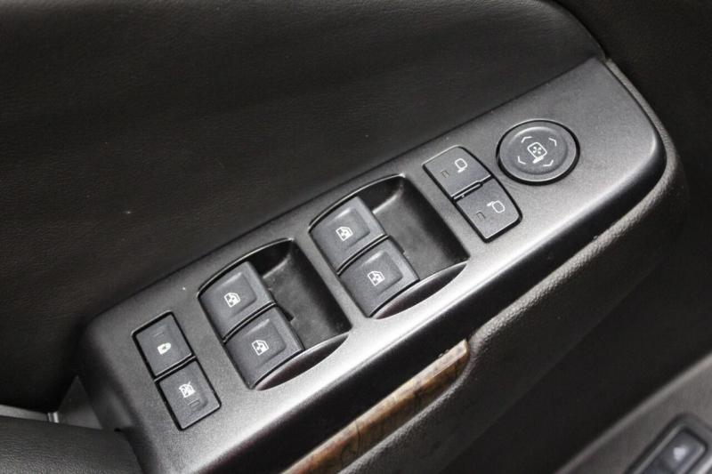 Chevrolet Suburban 2016 price $27,950