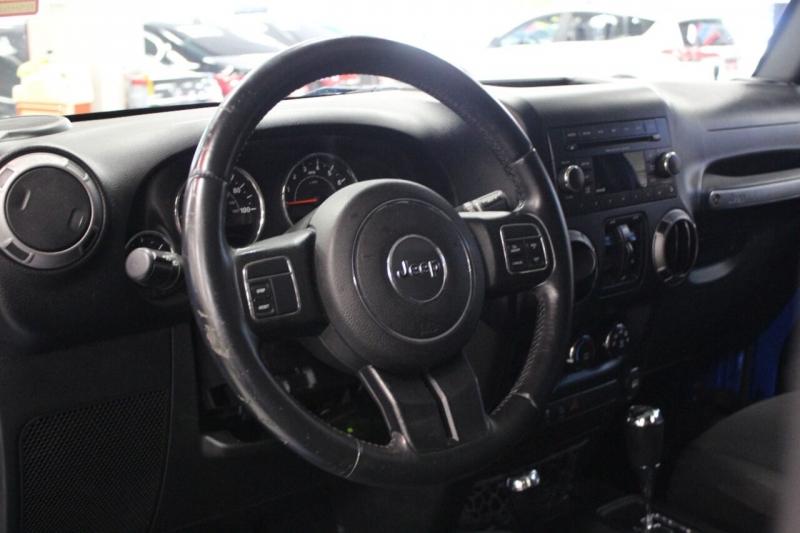 Jeep Wrangler Unlimited 2015 price $29,950