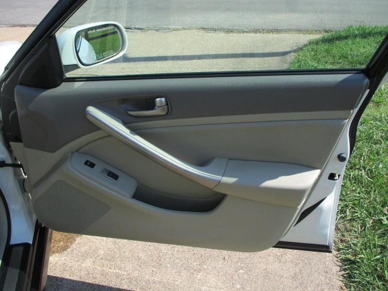 Infiniti G35 Sedan 2003 price $5,995 Cash