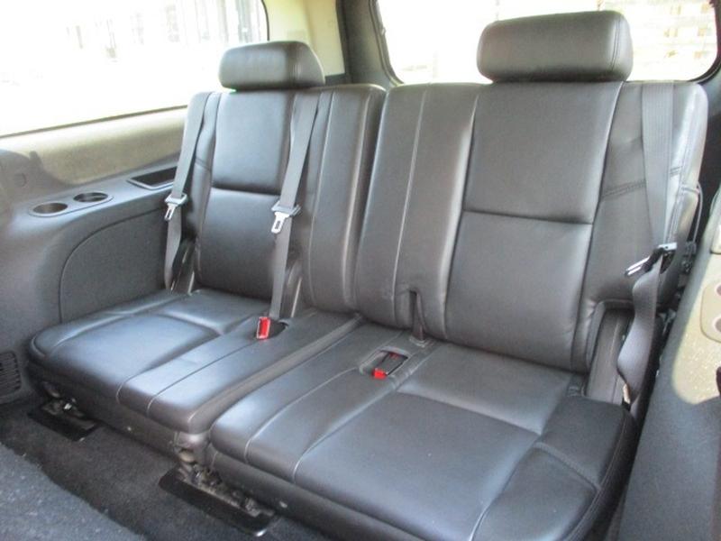GMC Yukon XL 2011 price $9,995 Cash