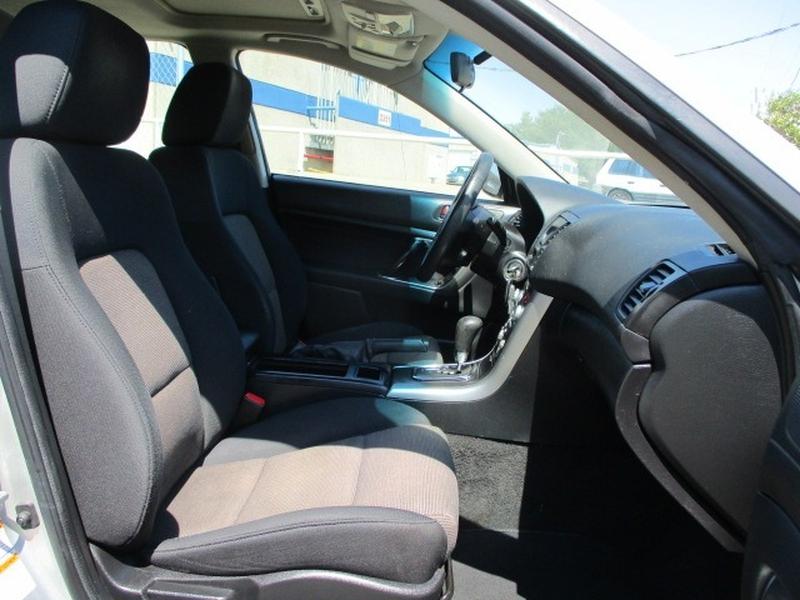 Subaru Legacy Sedan 2007 price $2,995