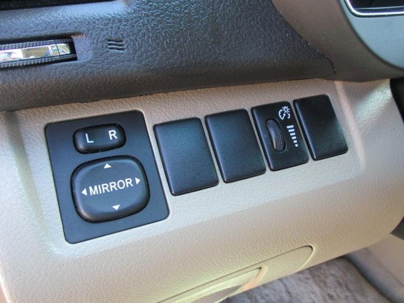 Toyota Highlander 2008 price $7,495 Cash