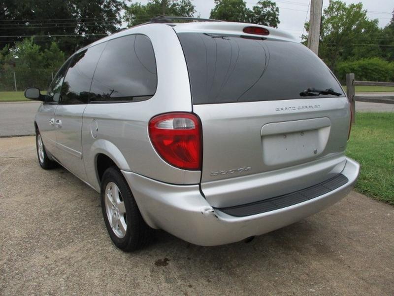 Dodge Grand Caravan 2007 price $3,995 Cash