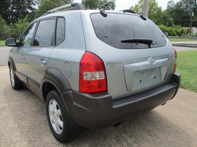 Hyundai Tucson 2005 price $3,995 Cash