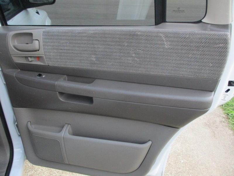 Dodge Durango 2003 price $3,495 Cash