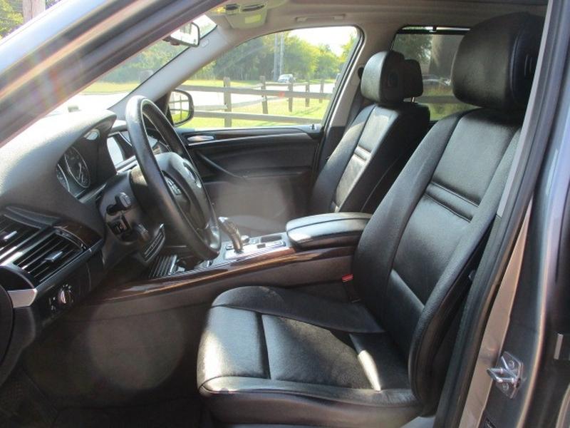 BMW X5 2010 price $9,995 Cash