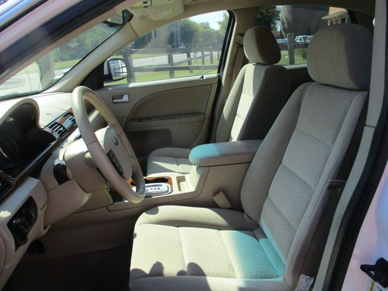 Ford Five Hundred 2007 price $4,495 Cash