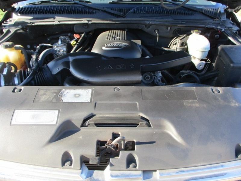 Chevrolet Tahoe 2003 price $3,495 Cash