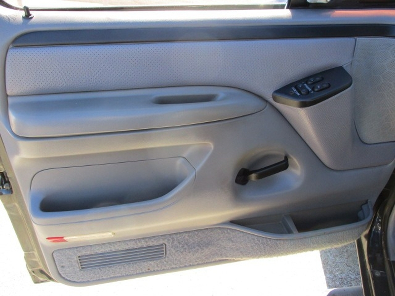 Ford F-250 HD 1997 price $3,995 Cash