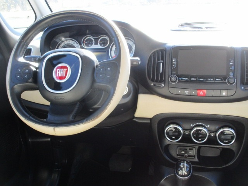 Fiat 500L 2014 price $4,495 Cash