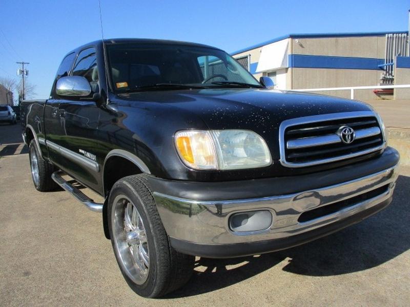 Toyota Tundra 2002 price $5,995 Cash