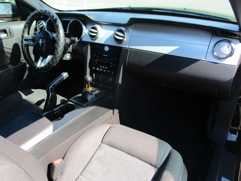 Ford Mustang 2007 price $6,495 Cash