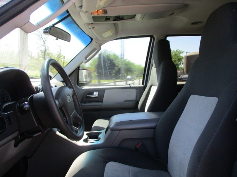 Ford Expedition 2006 price $5,995 Cash