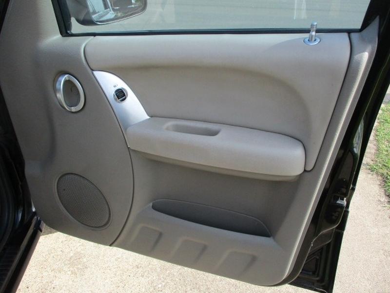 Jeep Liberty 2003 price $4,995 Cash