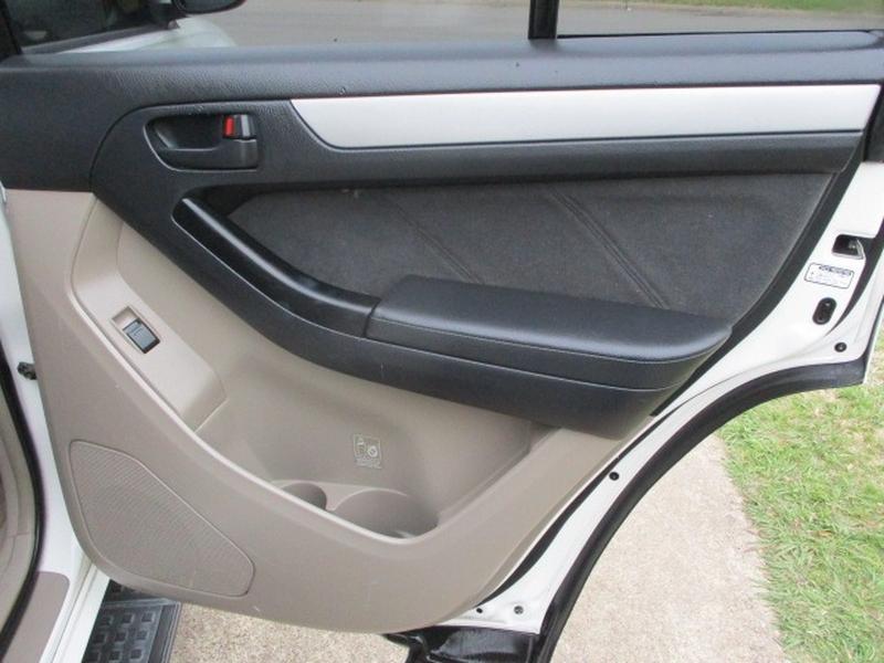 Toyota 4Runner 2004 price $6,995 Cash