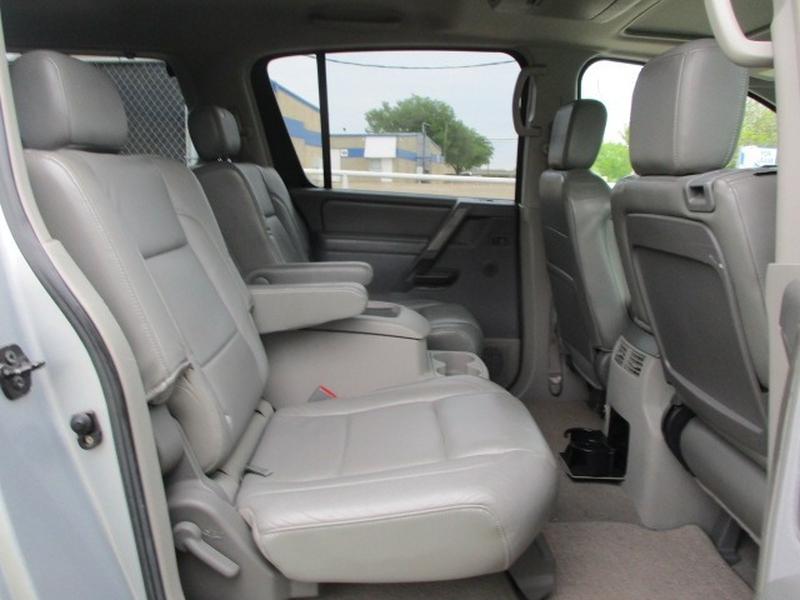 Nissan Pathfinder Armada 2004 price $7,495 Cash
