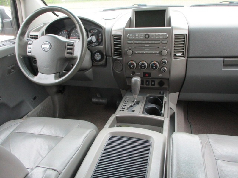 Nissan Pathfinder Armada 2004 price $7,495 Cash