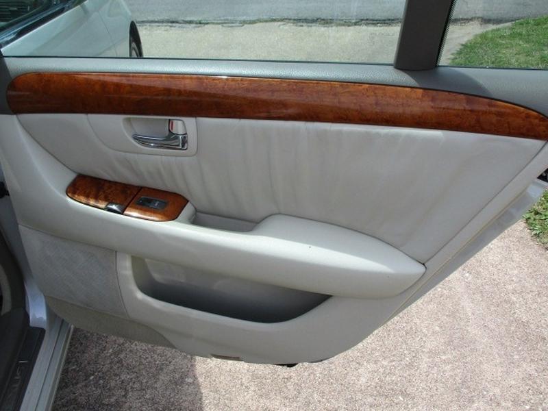 Lexus LS 430 2001 price $6,495 Cash