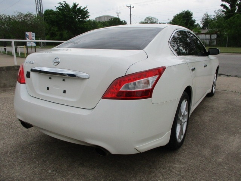 Nissan Maxima 2011 price $6,995 Cash
