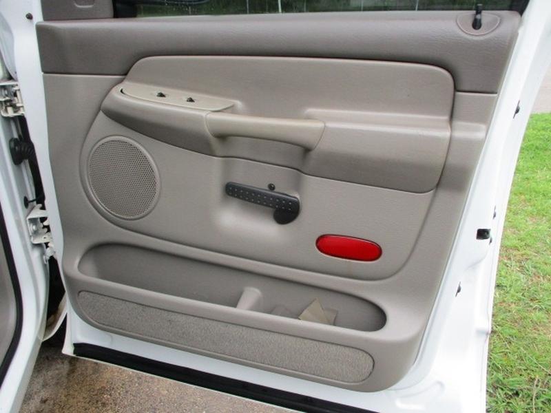 Dodge Ram 1500 2002 price $6,995 Cash