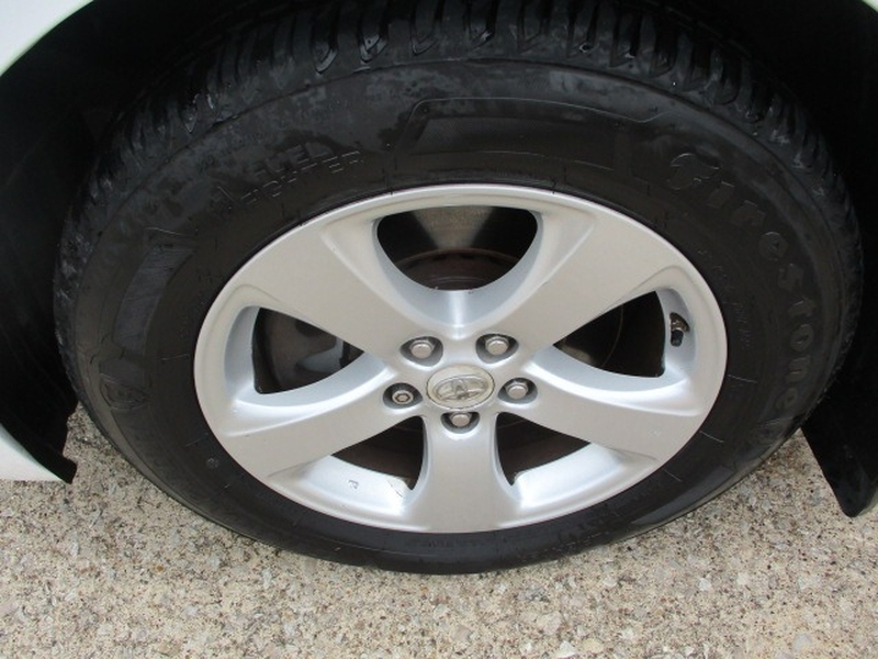 Toyota Sienna 2011 price $9,995 Cash
