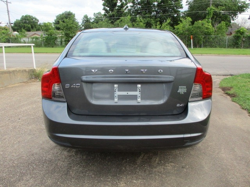 Volvo S40 2009 price $4,995 Cash