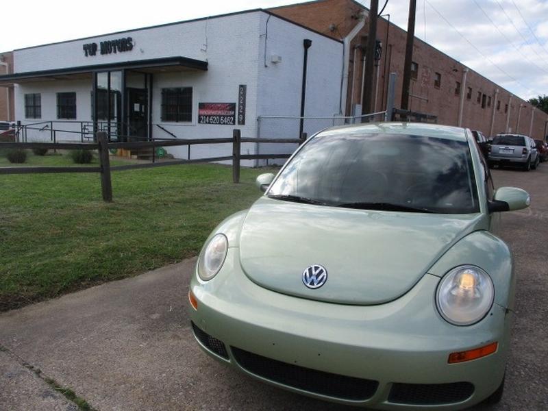Volkswagen New Beetle Coupe 2006 price $3,995 Cash
