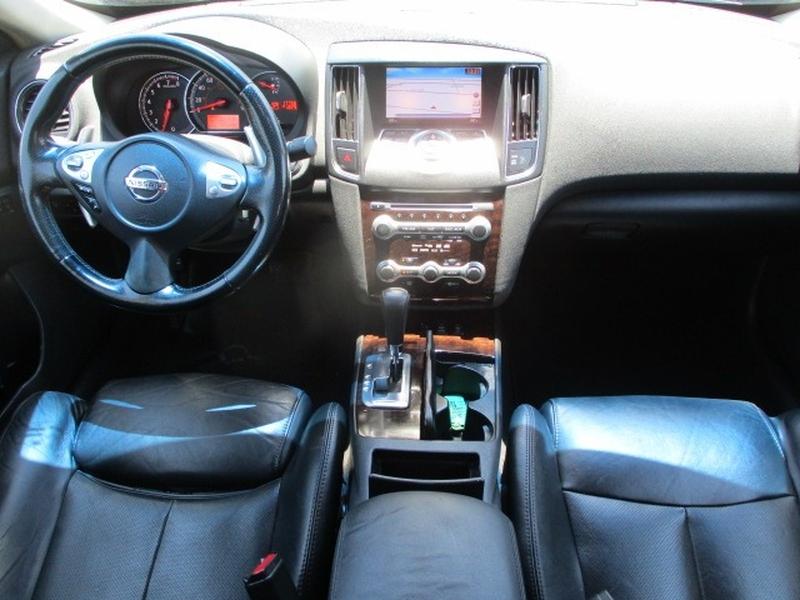 Nissan Maxima 2010 price $6,495 Cash