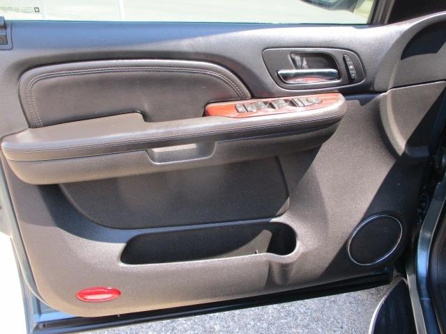 Cadillac Escalade ESV 2009 price $9,495 Cash