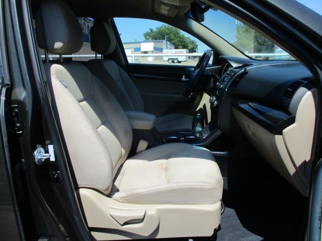 Kia Sorento 2011 price $6,995 Cash
