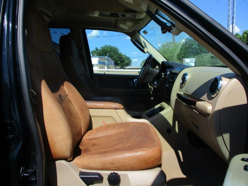 Ford Expedition 2006 price $3,995 Cash