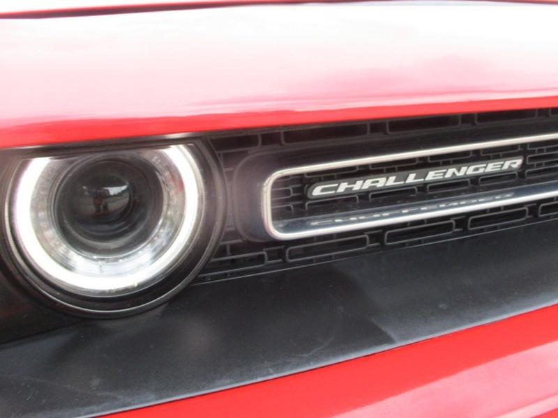 Dodge Challenger 2019 price $31,995 Cash