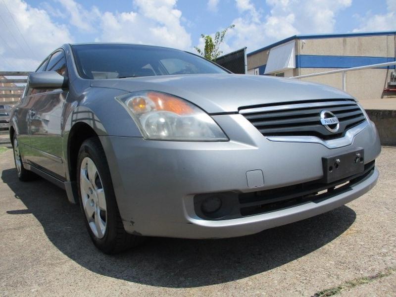 Nissan Altima 2008 price $4,995 Cash