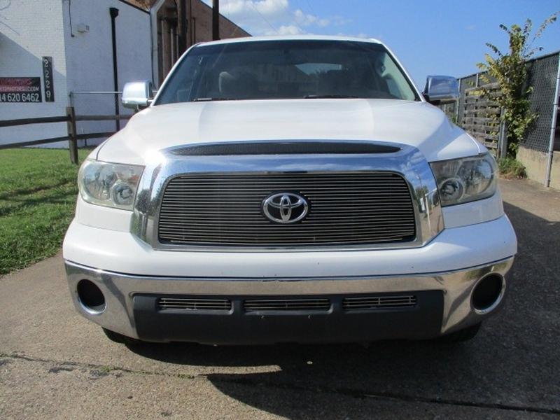 Toyota Tundra 2007 price $9,995 Cash