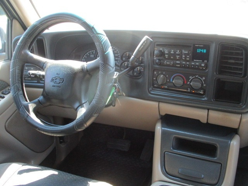 Chevrolet Avalanche 2002 price $6,795 Cash