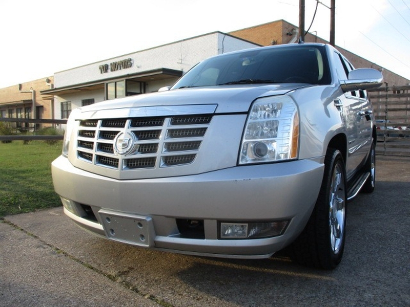 Cadillac Escalade 2010 price $10,995 Cash