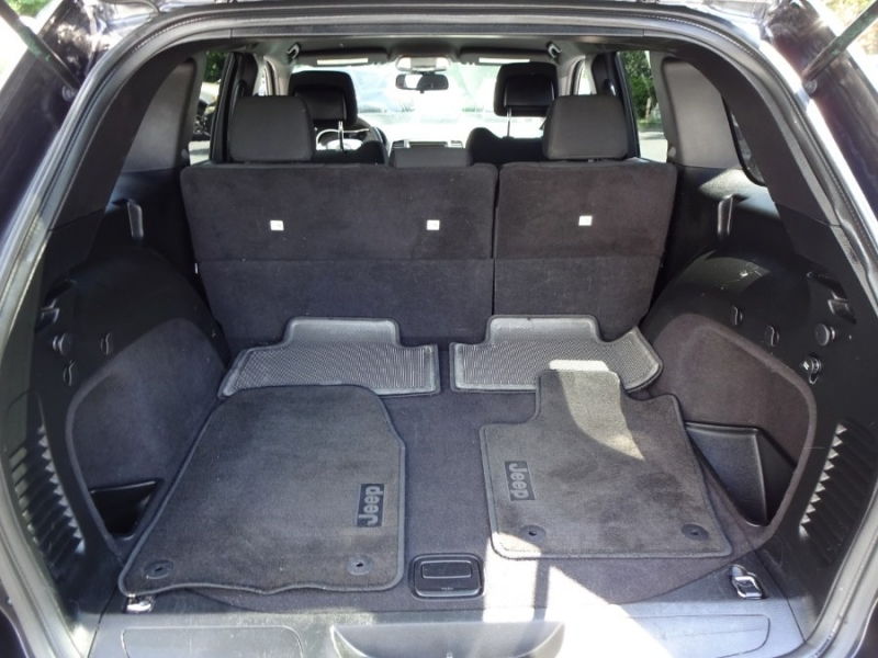Jeep Grand Cherokee 2016 price $22,498