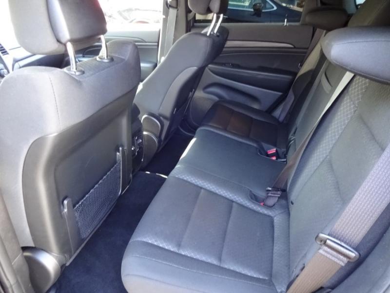 Jeep Grand Cherokee 2019 price $28,900