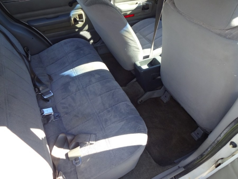 Ford Escort 1990 price $3,995