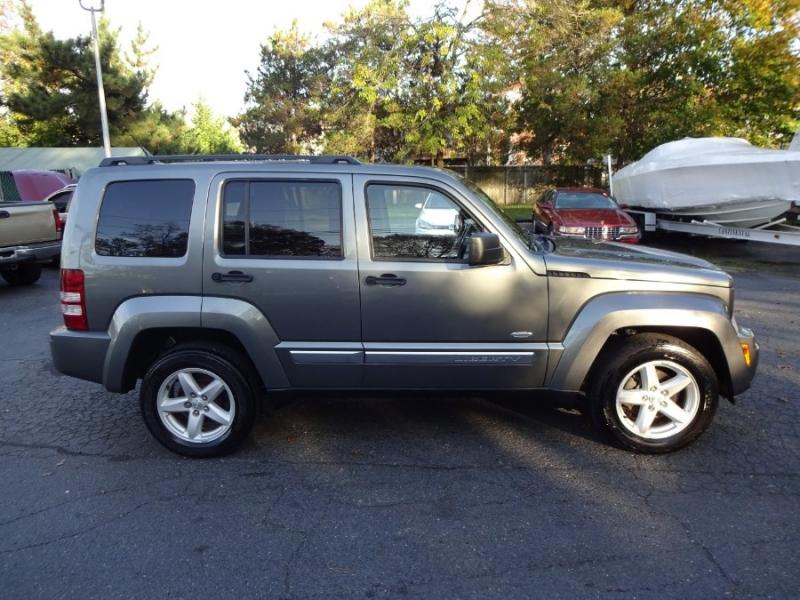 Jeep Liberty 2012 price $9,998
