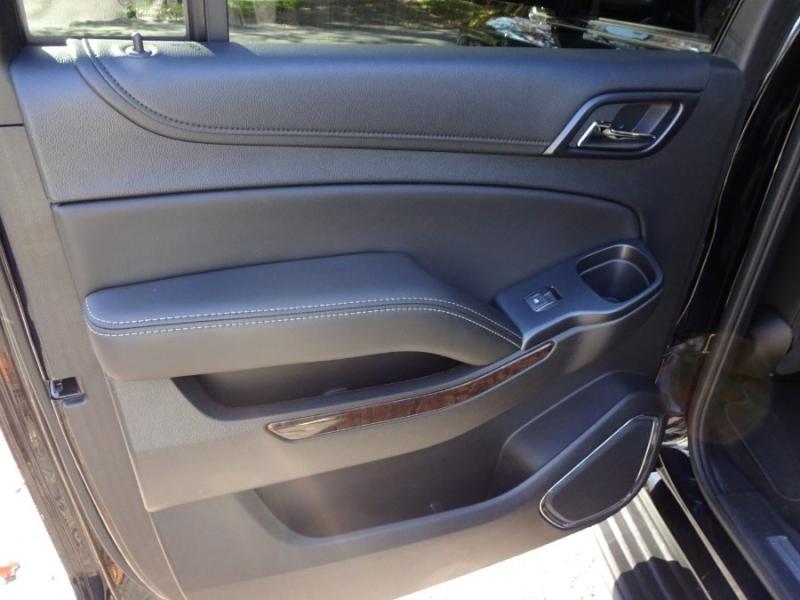 Chevrolet Suburban 2018 price $37,999